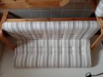 Sofa-Kombination 3er- und 2er-Sitz mit Tisch