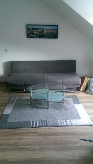 Couch inkl. Glastisch und Teppich zu verkaufen