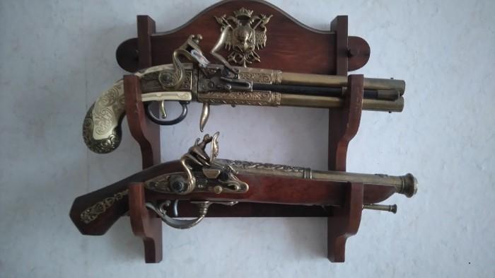 Deko Attrappen Pistolen+Gewehre